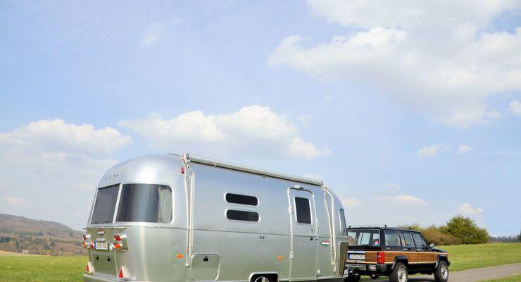 Airstream Germany ist auch in diesem Jahr wieder auf dem Caravan Salon 2013 dabei: mit zwei neuen Modellen.