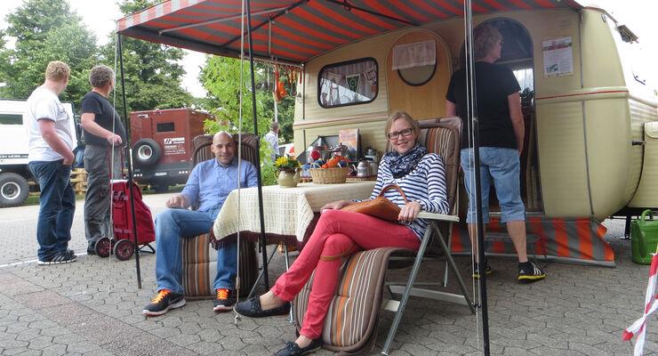 Besucher auf dem Caravan Salon