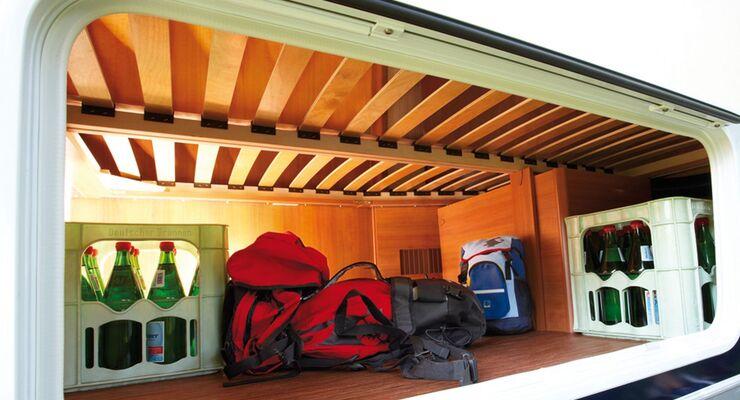 Die Caravan Händler geben Tipps, worauf Urlauber vor der großen Fahrt achten müssen. Einige Kontrollen funktionieren in Eigenregie.