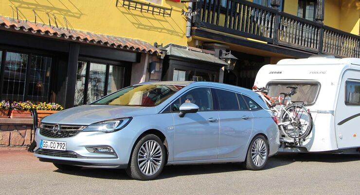 Opel Astra Sports Tourer im Zugwagentest