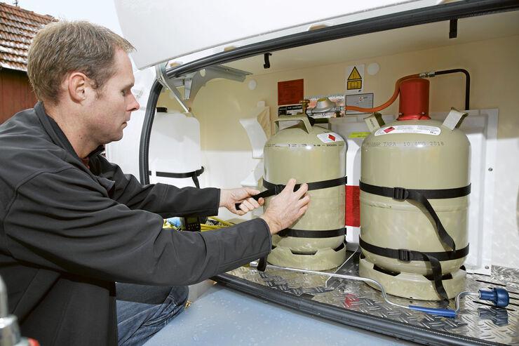 wintercamping tipps gas und wasserversorgung im wohnwagen seite 3 caravaning. Black Bedroom Furniture Sets. Home Design Ideas